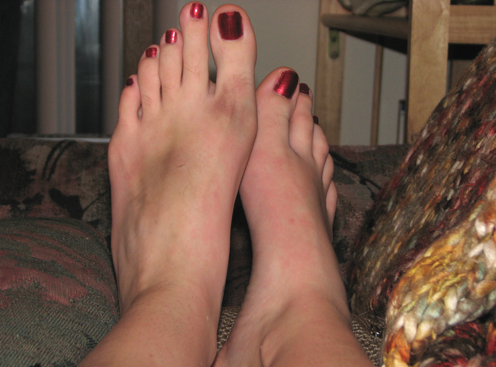 Hairy foot fetish
